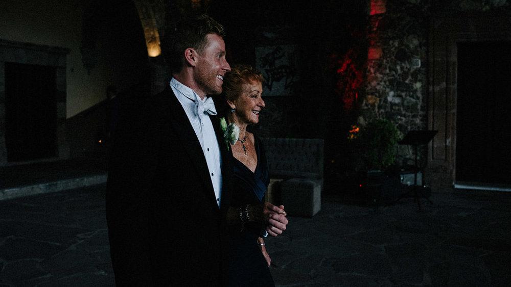 san-miguel-de-allende-wedding-lb_00082.jpg