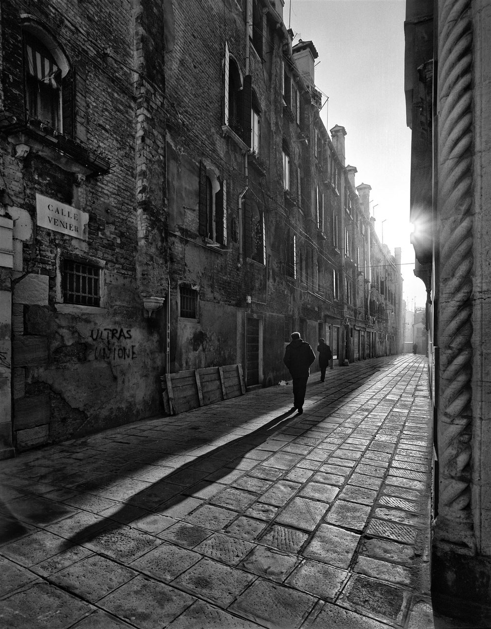 Ralph Upchurch_Early Morning Backstreet, Venice_resized.jpg