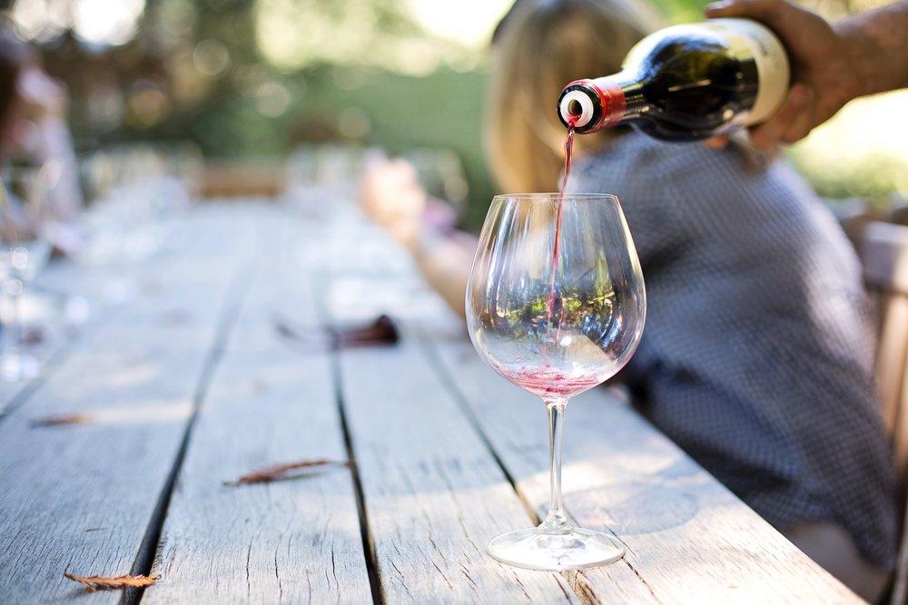 Rustic outdoor wine service.jpg
