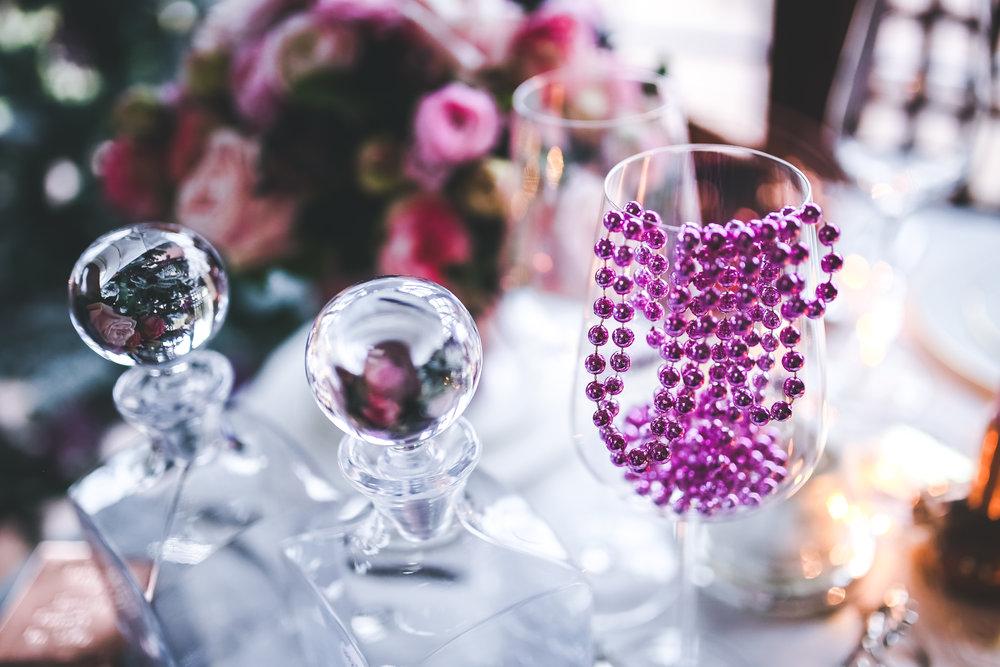 glass-pink-wine-decoration-6306.jpg