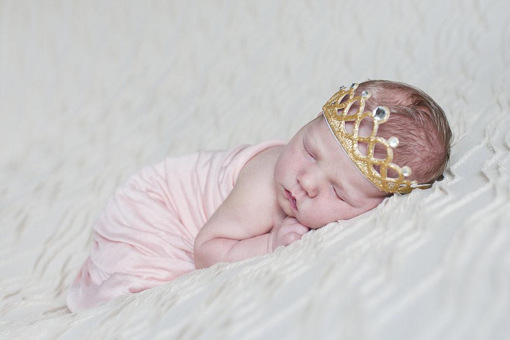 Newborn002.jpg