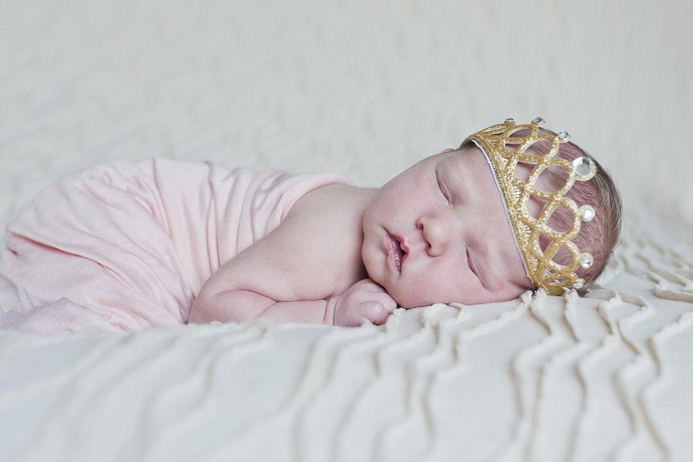 Newborn003.jpg