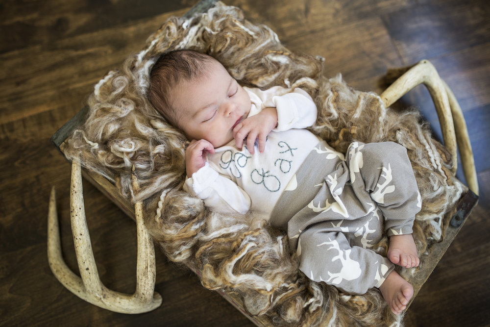 Newborn009.jpg