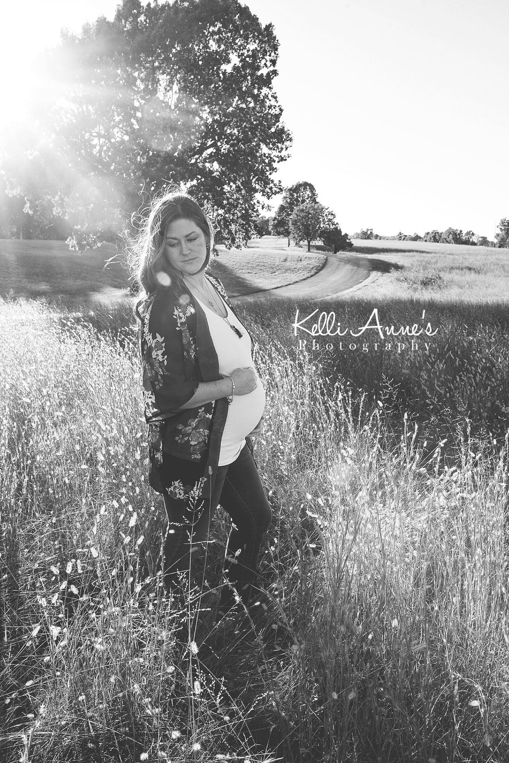 Black and white, maternity, belly, baby bump, sun flare, field, tall grass, momma, glowing, fellows lake, springfield mo
