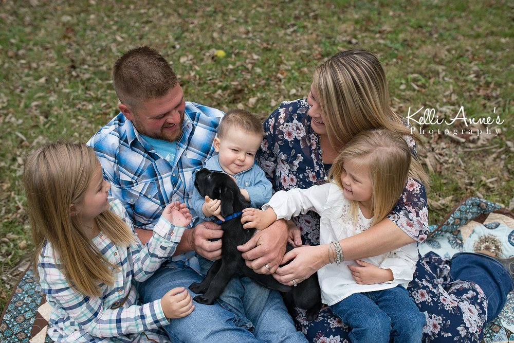 Family of 5, lab puppy sitting, fall, silly, puppy kisses, springfield mo