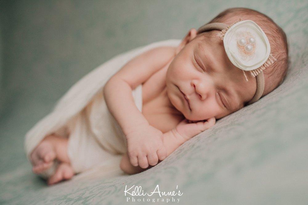 Posed Newborn Session St Louis