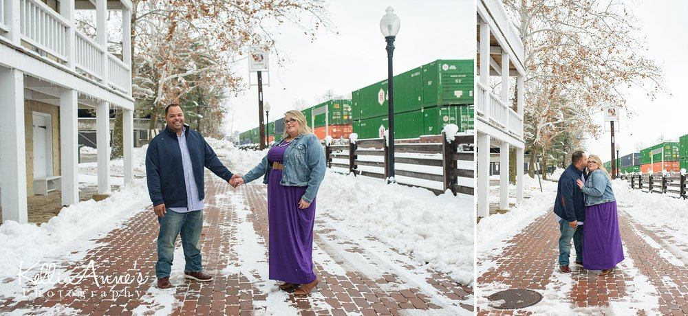 Snowy Downtown Jeff City Engagement Session