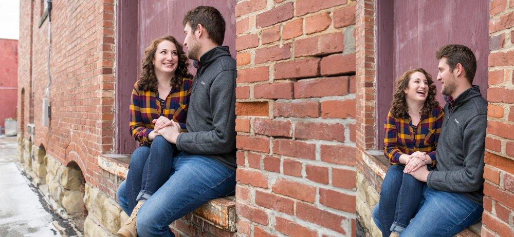 relaxed-downtown-engagement-session-brick-buildings