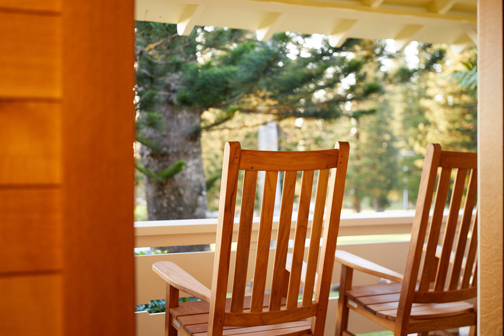- Relax on your own private lanai (porch) and take in views of historic Lanai City and Dole Park, or rest in the comfort of your spacious king bed with luxury linens. Our Lanai Room is styled with natural elements, including modern wood paneling, grasscloth wallpaper and natural bamboo and wicker furnishings. Enjoy modern amenities including a flat-screen TV and control of the lights, blinds and air conditioning with the touch of a button.