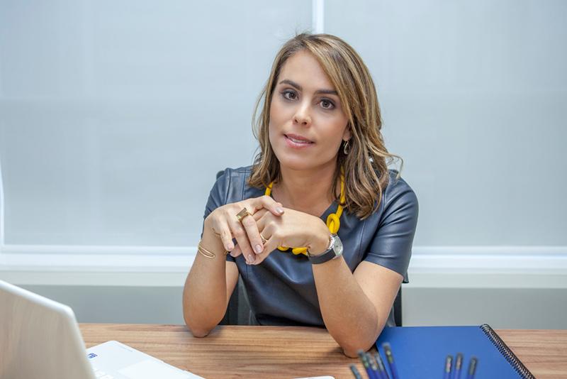 Julie Lima coach
