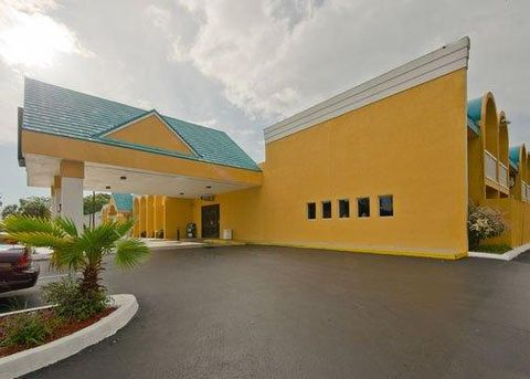 Econo Lodge & Busch Gardens
