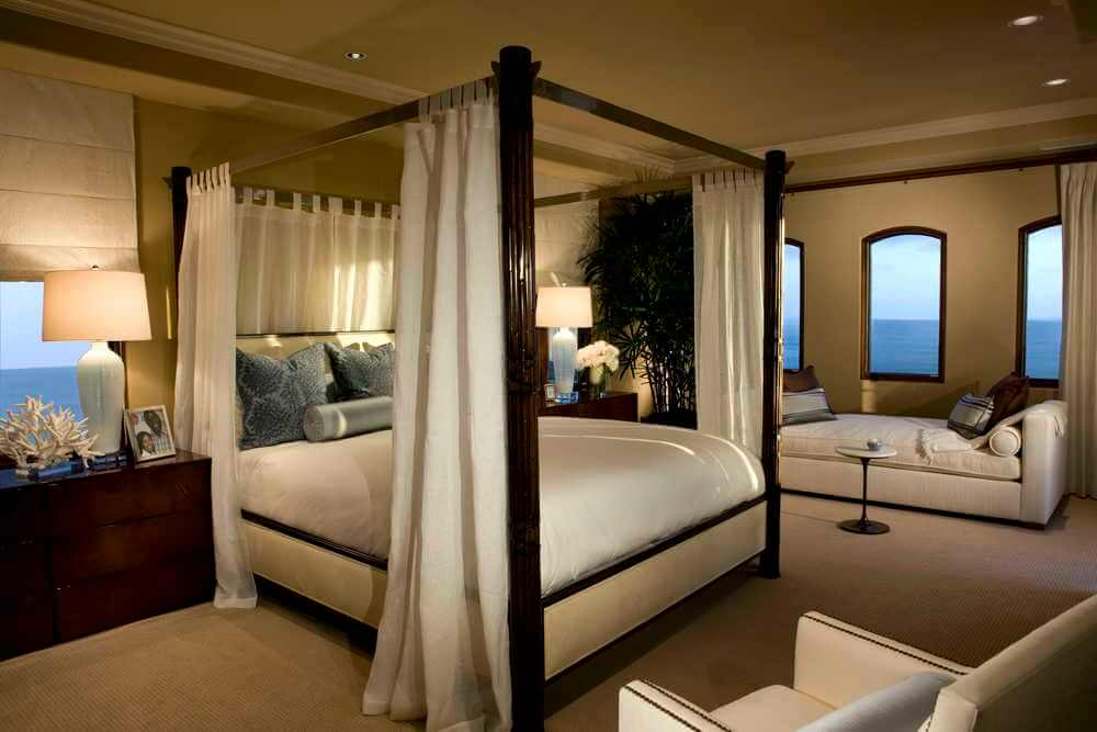 elizabeth-tapper-interiors-ritz-cove-laguna-oceanview-master-bedroom-master-stting-room.jpg