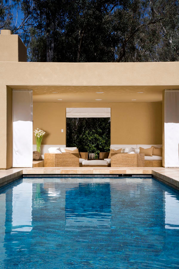 elizabeth-tapper-interiors-rancho-santa-fe-exterior-pool.jpg