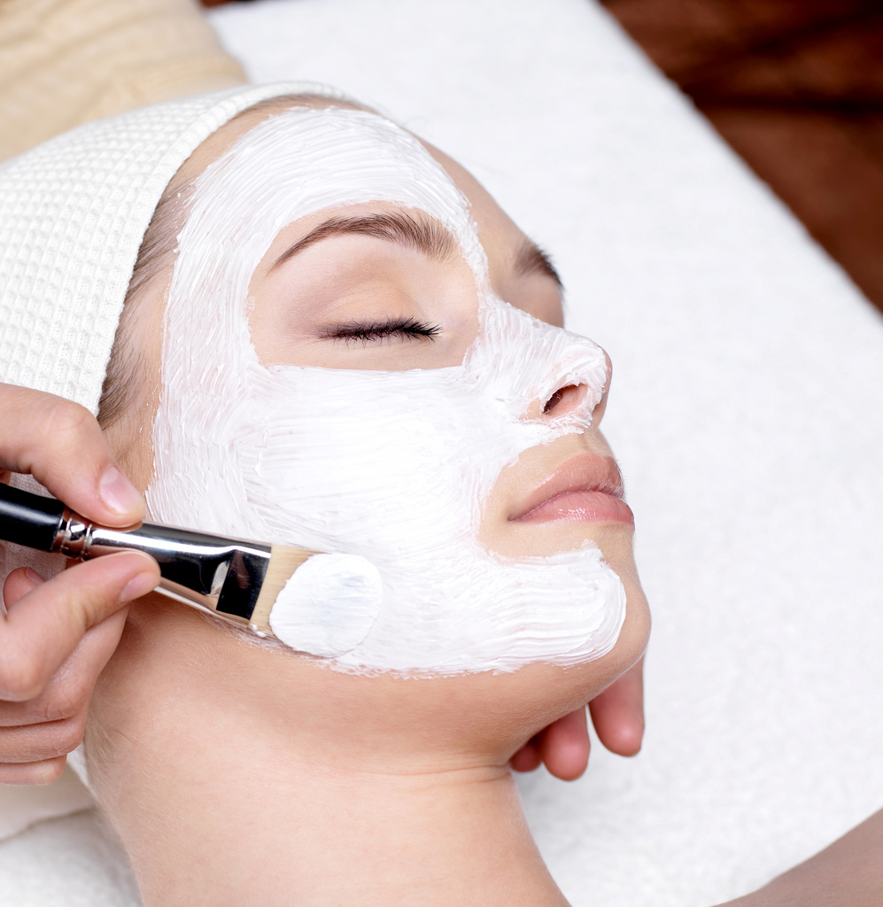 Skin Treatments, Body Treatments, and Waxing..oh my! - We offer facials, eyelash extensions, waxing, spray tanning, brow and lash tinting and more!