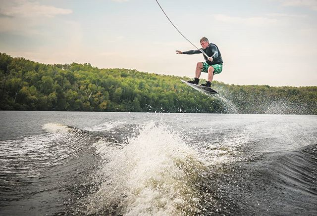 Awesome time dusting off the ole wakeboard in Saskatchewan. Been about 7 years or so but man, what a blast! T'ill next year!