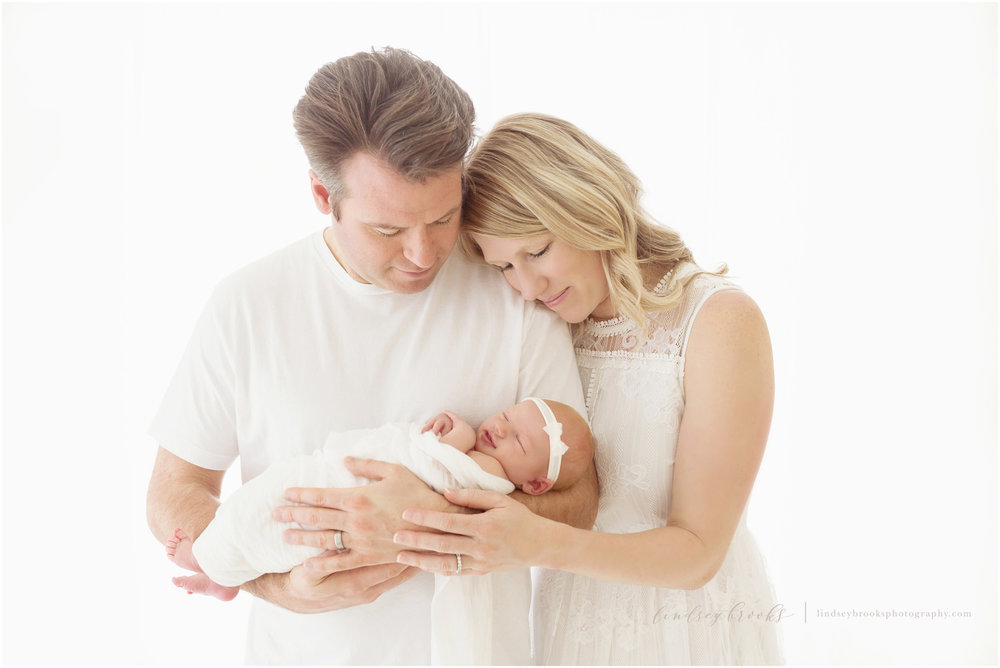 oklahoma city newborn photographer