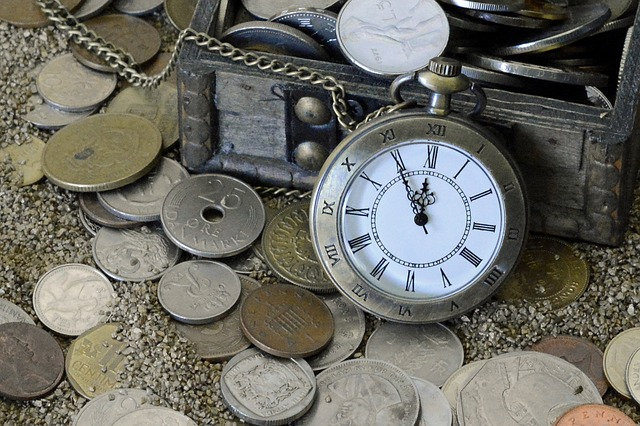 pocket-watch-1637393_640.jpg