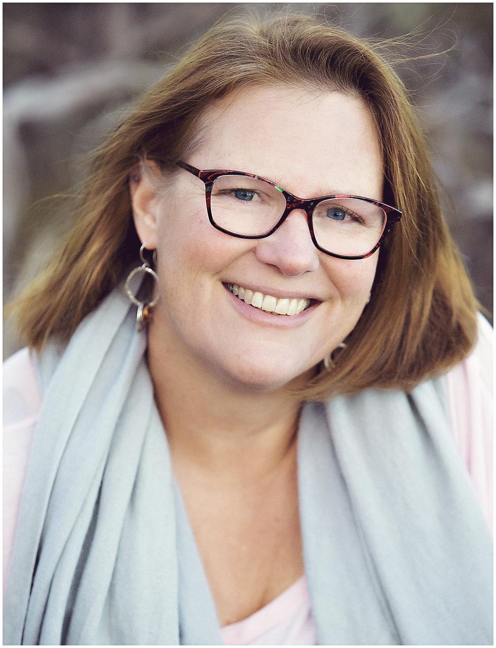 Leanne McClain BIO