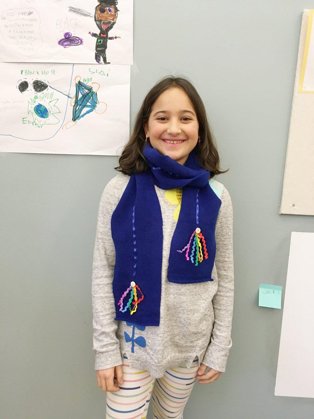 avivascarf.jpg