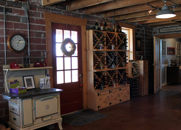 Penoach_Winery_Tasting room (3) (1).jpg