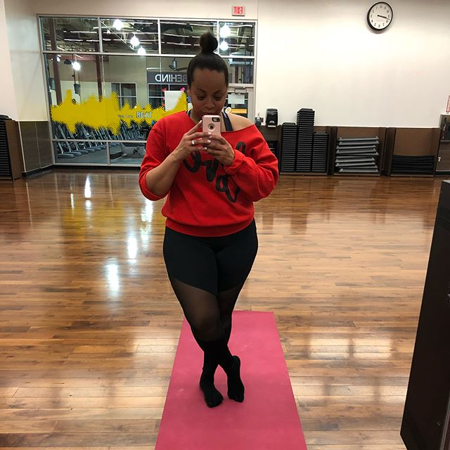 Another great class in the books! Tons of 1 legged chatarangas. Don't judge my yoga socks, it's time for a pedicure. #chickswhoteachyoga #yoga #24hourfitness