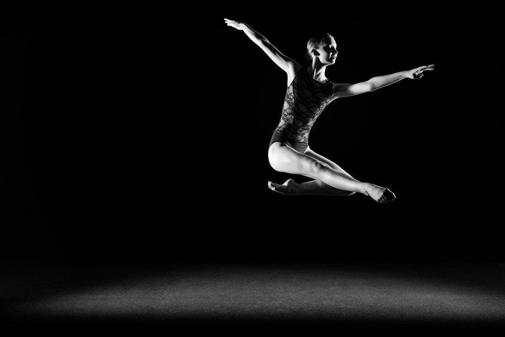0743 Lisa-Marie Dance Shoot Studio ZW_W.jpg