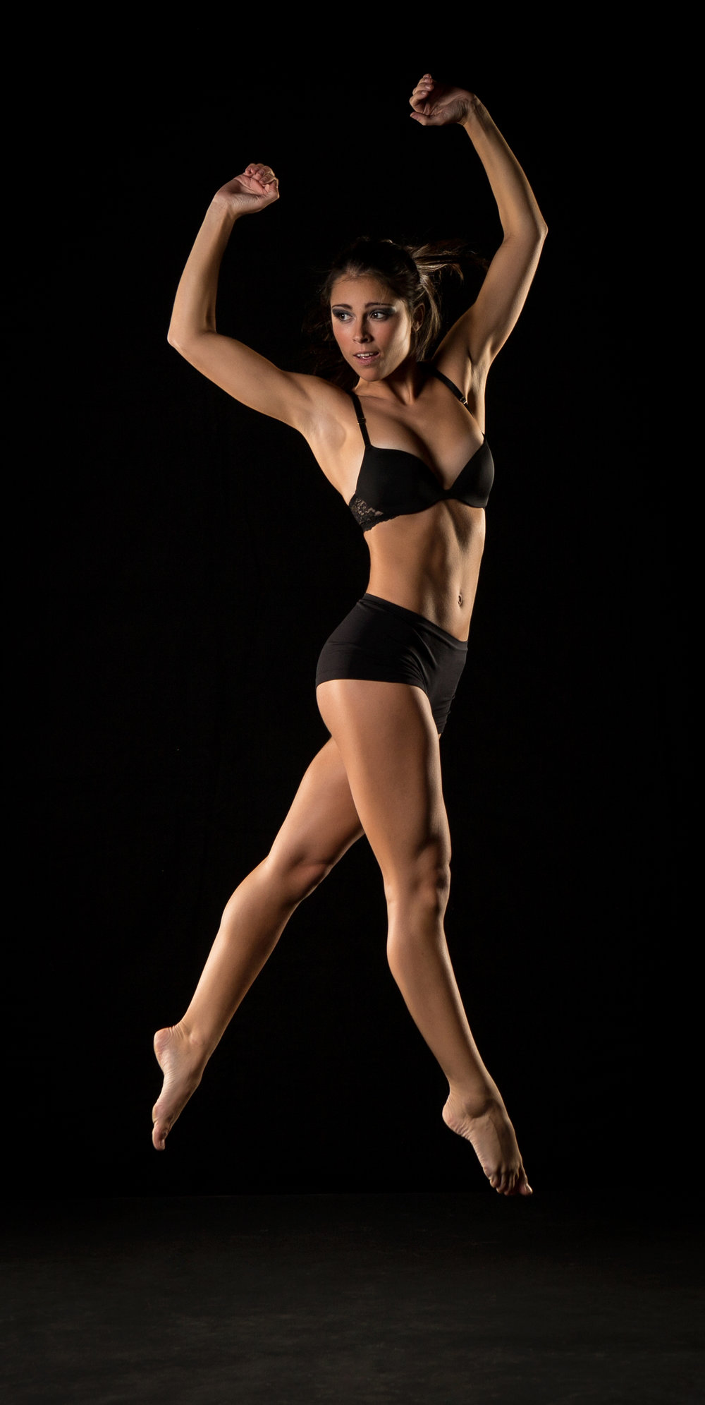 0438 Moving Dancers.jpg