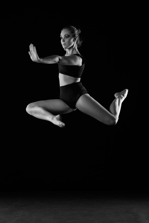 0619 Moving Dancers ZW_W.jpg