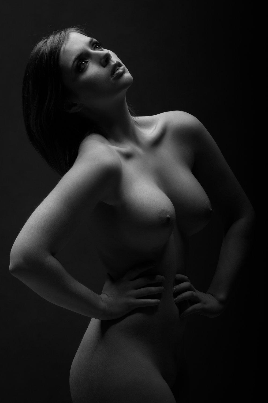 0742 Nicole Naakt Studio ZW_W.jpg