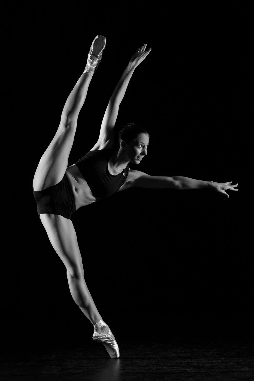 0099 Dance Shoot Gillian Libbrecht ZW_W.jpg