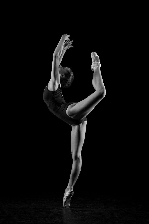 0380 Dance Shoot Gillian Libbrecht ZW_W.jpg