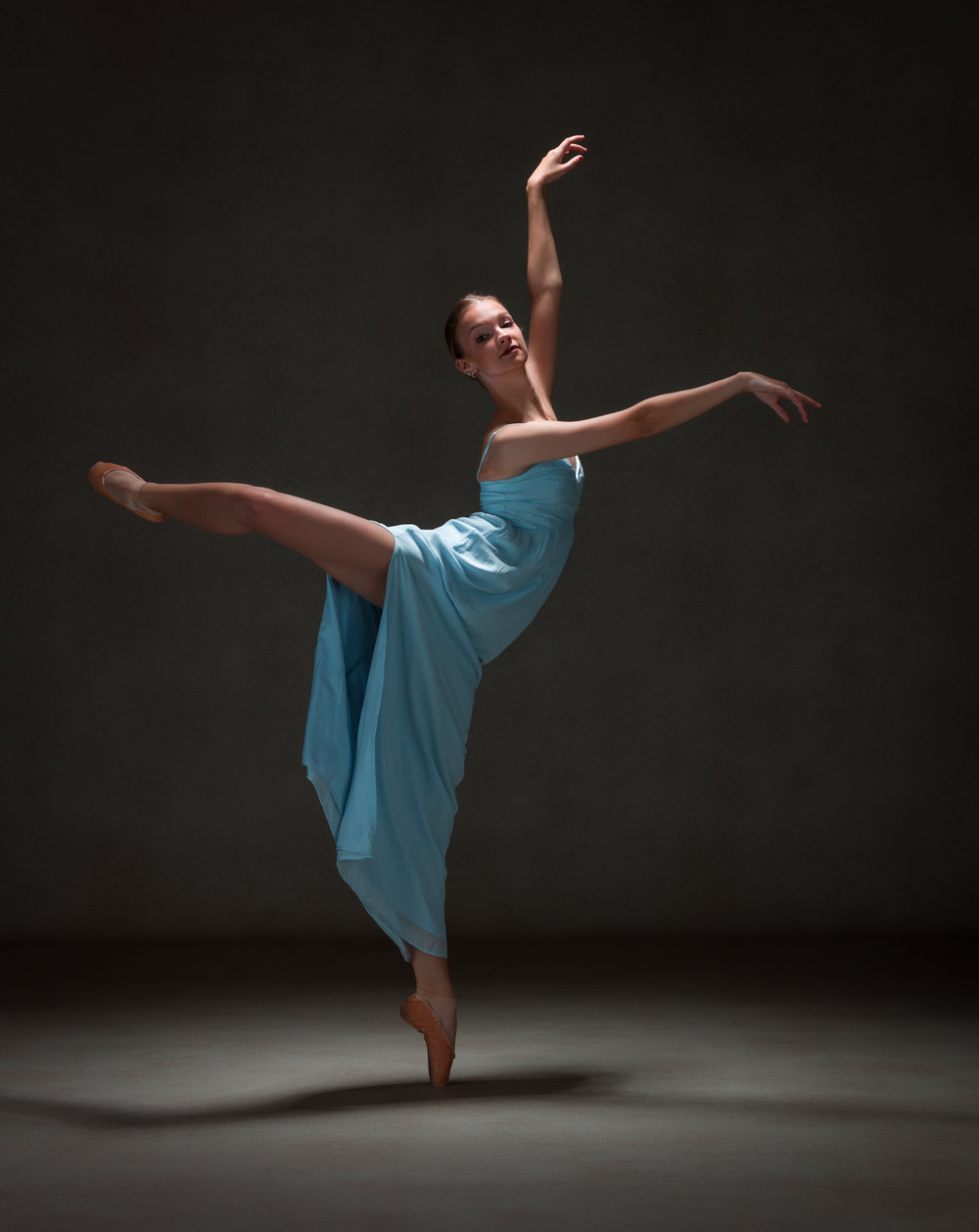0061 Studio Dance Shoot Lisa-Marie & Xanthe.jpg