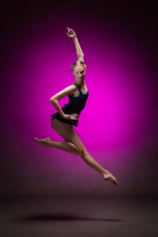 0526 Studio Dance Shoot Lisa-Marie & Xanthe.jpg