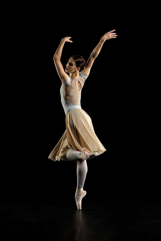 0153 Maria Seletskaja Dance Shoot.jpg