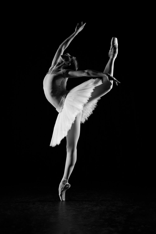 0285 Maria Seletskaja Dance Shoot ZW_W.jpg