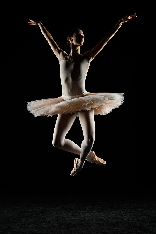 0386 Maria Seletskaja Dance Shoot.jpg