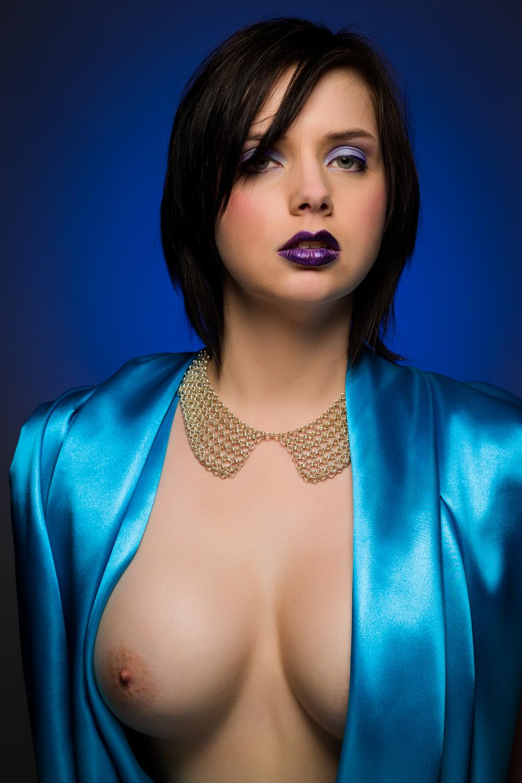 0869 Nicole Beauty Silk.jpg