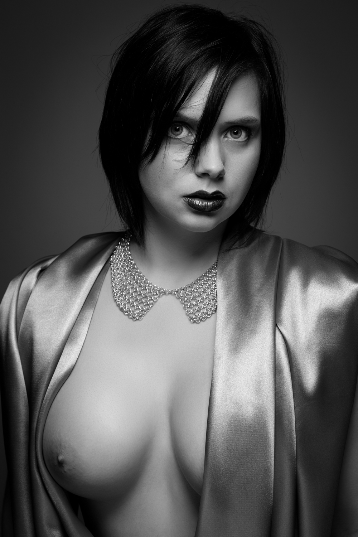 0879 Nicole Beauty Silk ZW_W.jpg