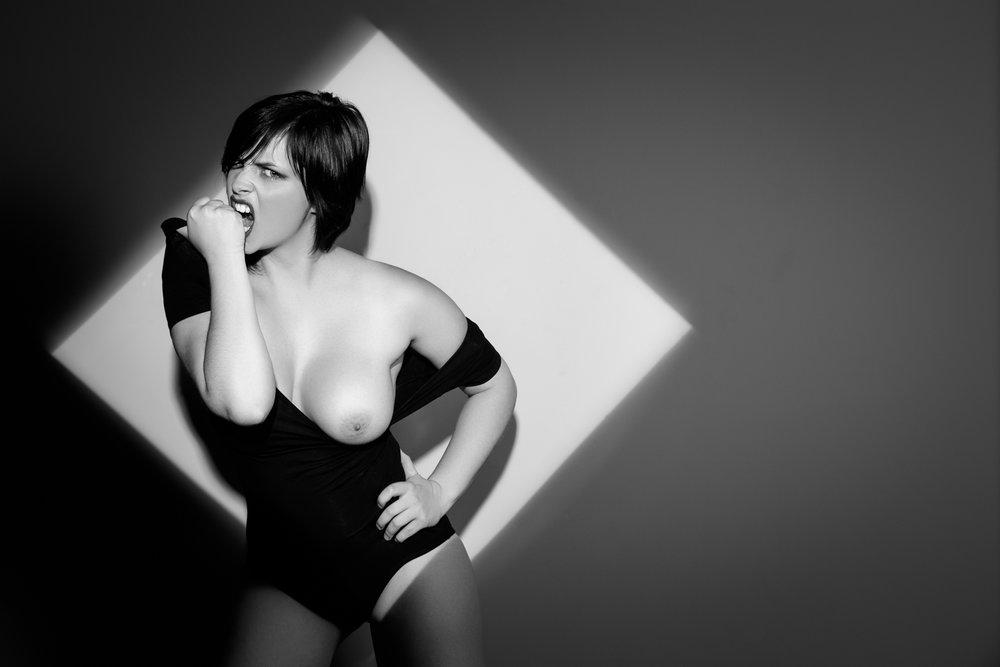 0578 Nicole Beauty - Lingerie Studio ZW_W.jpg