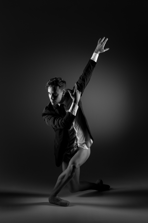 0602 Glen Studio Dance Nude B_W.jpg