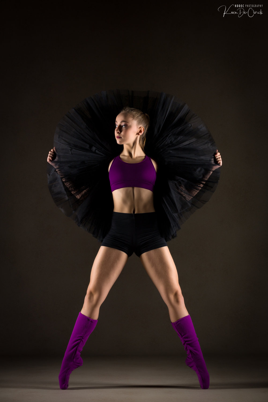 0521 Dance Shoot Lisa Dewaele Studio.jpg