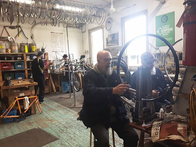 A day in the life 🚲👩‍🔧 We've found a pretty welcoming and cosy home with @cyclesalvation & @recyclesottawa. Check out what both of these good folks are about.  #bikes#bikelife#bicycles#recycle#mechanic#bikeshop#socailenterprise#socialbusiness#community