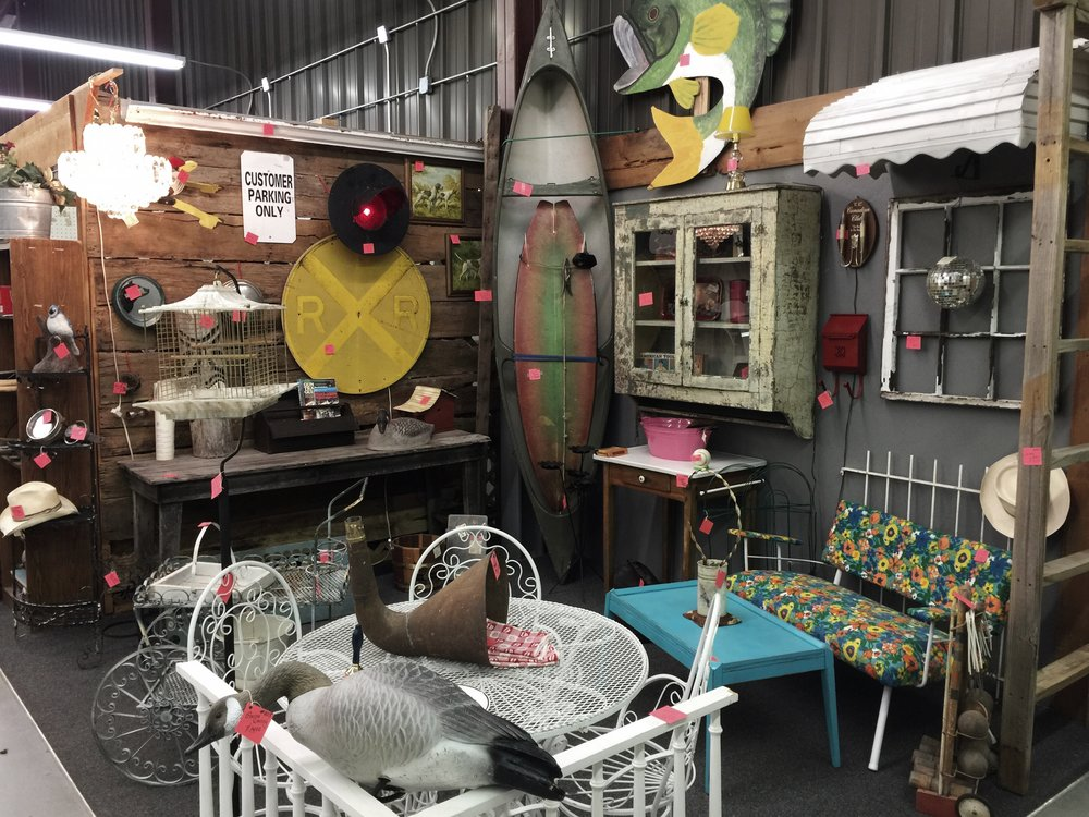 Camp-Flea-Antique-Mall-Vendor-Booths