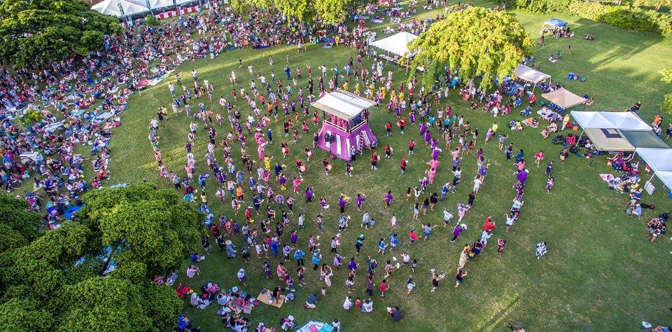 Honolulu's annual  Okinawan Festival .