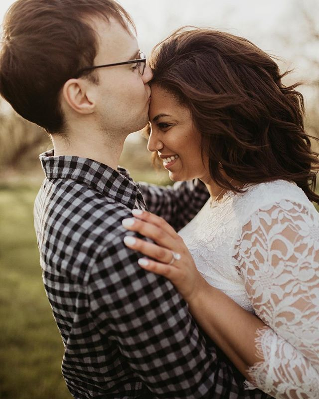 Guess who's gettin married today?!??? These two!!!! 💓🎉🎉 Currently in the middle of a three hour road trip to celebrate these two at their gorg outdoorsy acreage wedding!! I can't wait! 🌿✨💚 - - - #nebraskaphotographer #californiaphotographer #coloradoweddingphotographer #hawaiiweddingphotographer #nebraskaweddingphotographer #arizonaweddingphotographer #californiaweddingphotographer #kauaiweddingphotographer #lincolnnebraska
