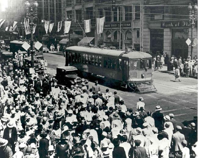 652_broadwaytrolley_historic_4276541511_o.jpg