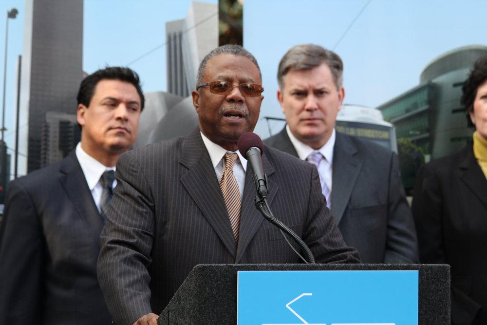 speaker-councilmember-jose-huizar-bringing-back-broadway-streetcar_5432723170_o.jpg