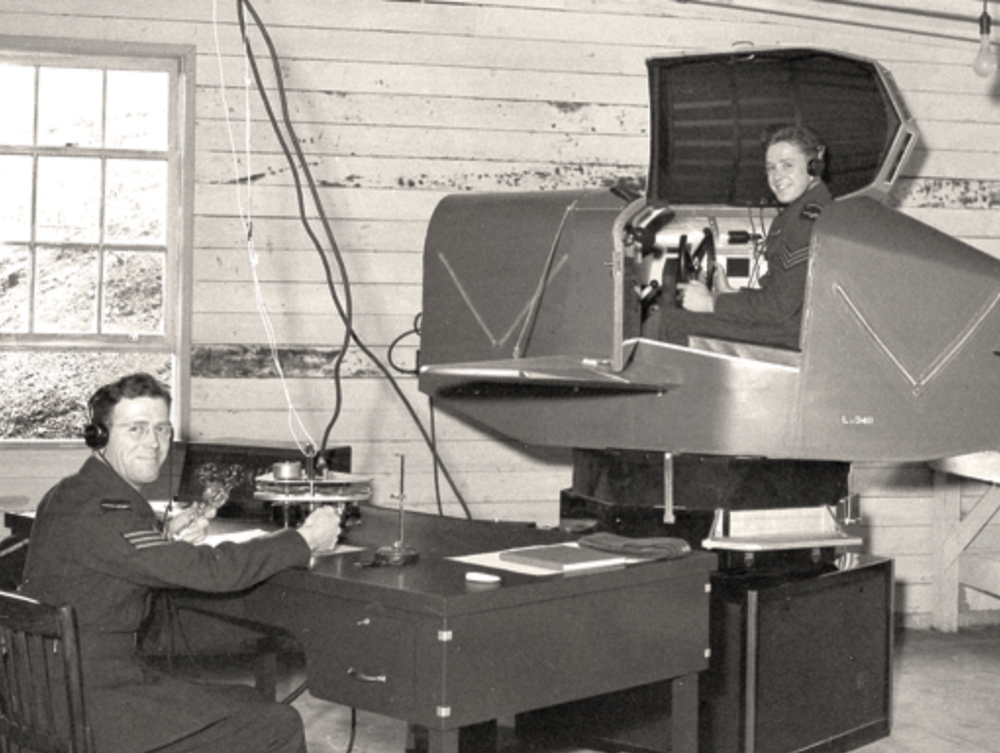 The Link Trainer early flight simulator.