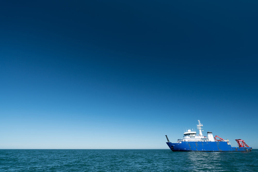 The R/V  Sikuliaq . Photo credit: Andrew McDonnell