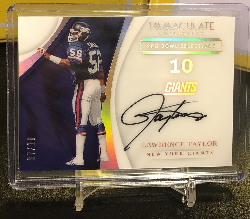 2017 Panini Immaculate Lawrence Taylor Auto /10